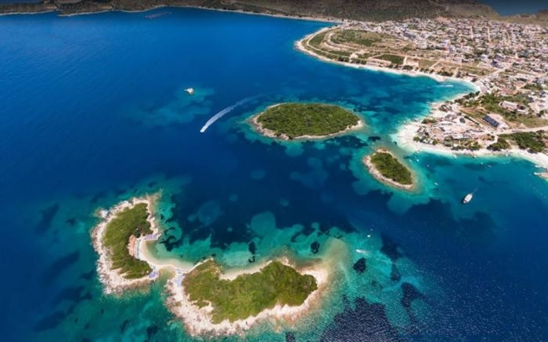 albania travel riviera sea ksamil